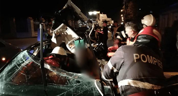 Accident grav în Rădăuți: A intrat cu maşina într-o combină agricolă