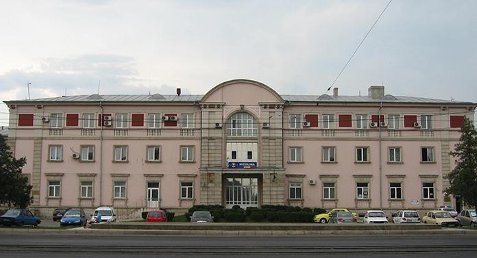 Nicio firmă nu a fost interesată să refacă Gara Internaţională Iași