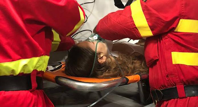 Tânără băgată în spital după ce a fost accidentată pe trecerea de pietoni