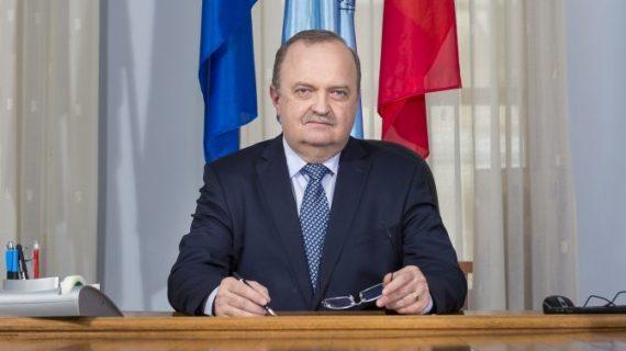 Nicio surpriză la UMF Iaşi: Viorel Scripcariu, rector pentru încă 4 ani