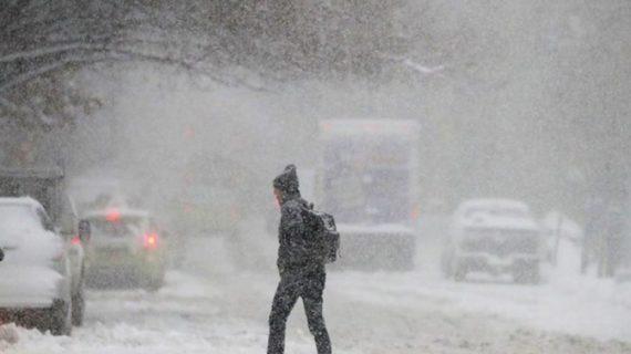 Cod portocaliu de ninsoare şi viscol în Suceava şi Neamţ