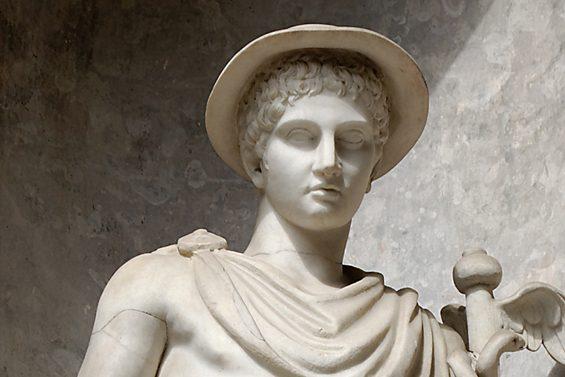 De ce superbele statui ale zeilor greci au penisul asa de mic?